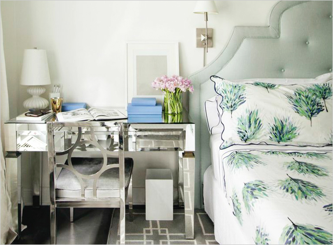 Admirable Use A Desk As A Nightstand Rue Download Free Architecture Designs Scobabritishbridgeorg