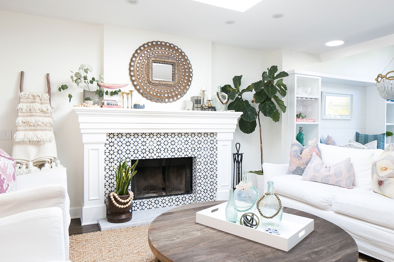 A fresh start in a newport beach cottage rue - Black and white fireplace ...