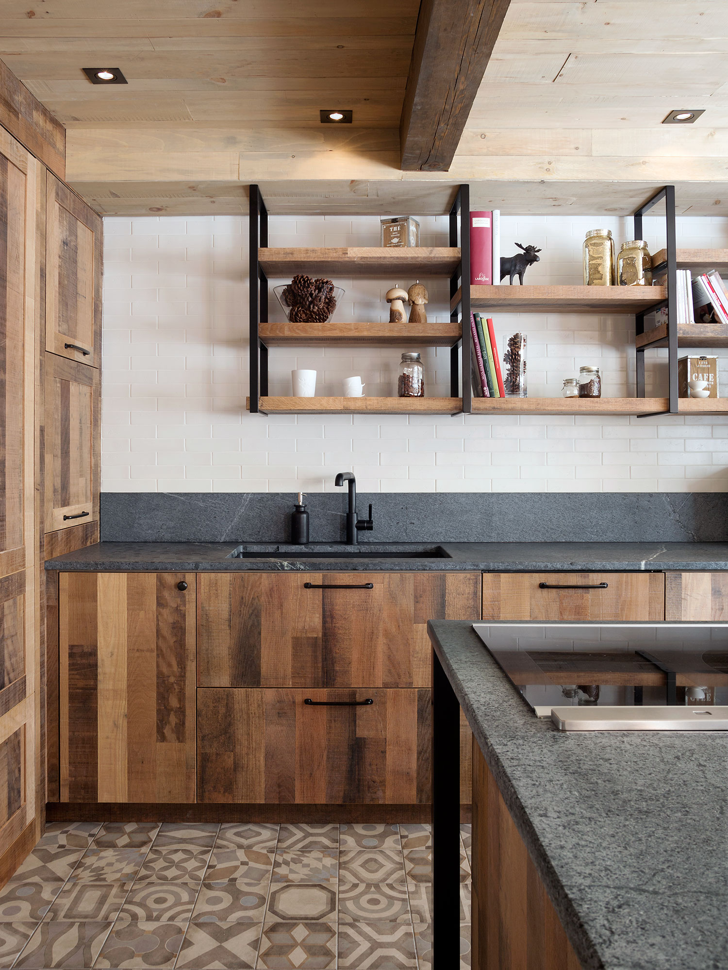 An Urban Rustic Kitchen For A Chef