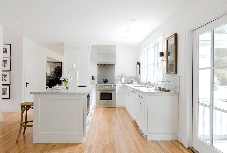 A Designer\'s Sun-Soaked Massachusetts Home | Rue