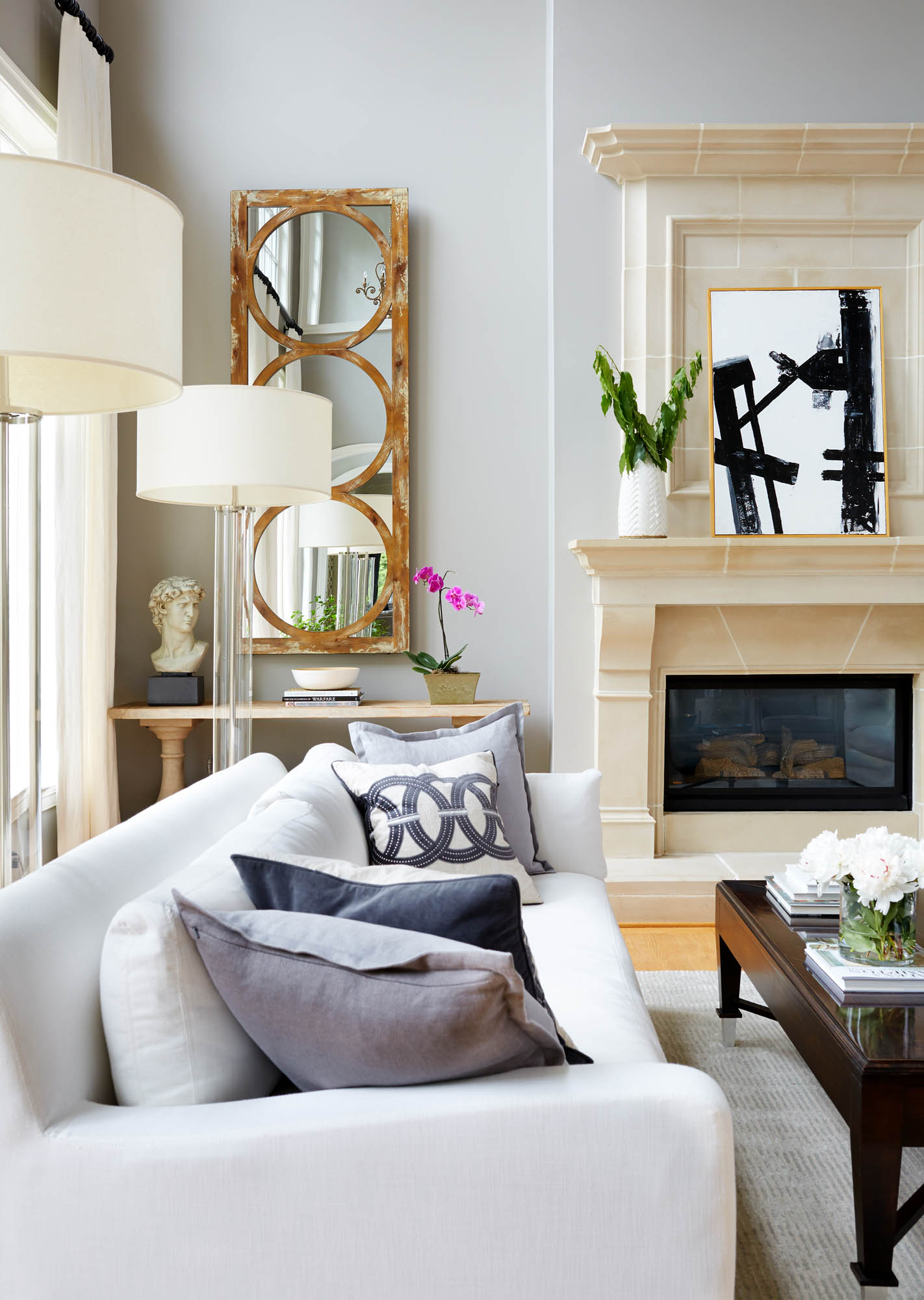 A Living Room Goes from Dated to Dashing | Rue