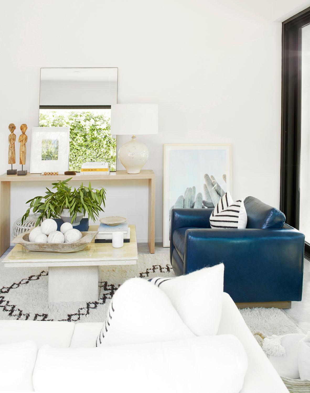 One Kings Lane Transforms Jen Atkins Living Room | Rue