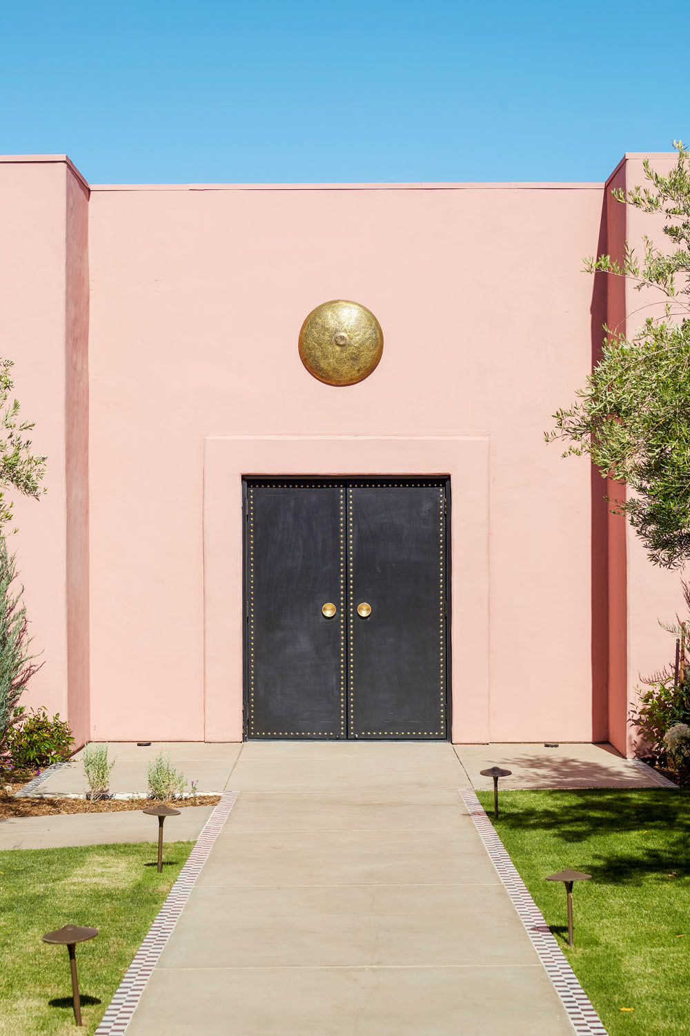 Sands Hotel & Spa: The Most Photogenic Hotel in the Desert | Rue