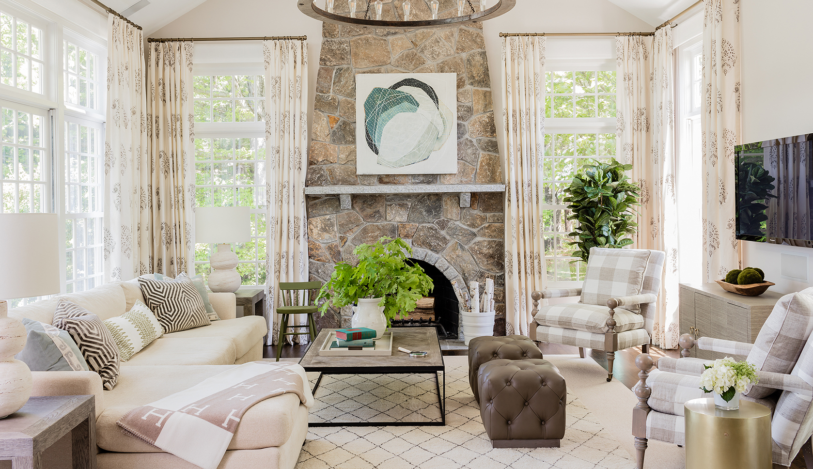 help me decorate my living room online renaissance style living room Decorating - May 23, 2019 Elements of Family Style: Elegant Spaces for  Everyday Life by Erin Gates