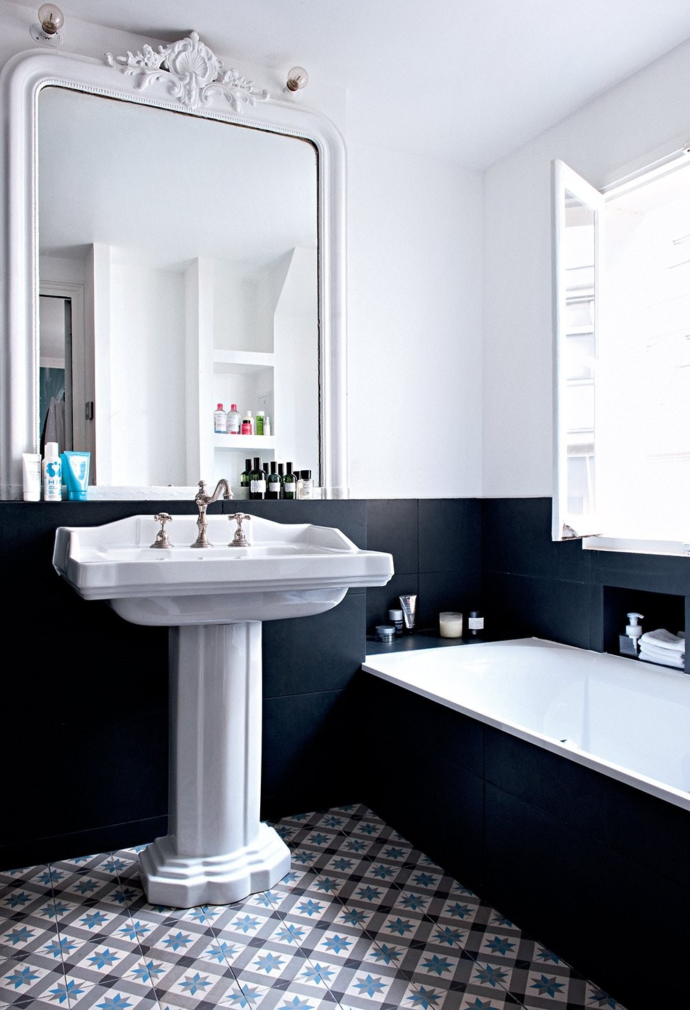 1920s Style Bathrooms That Inspire Rue