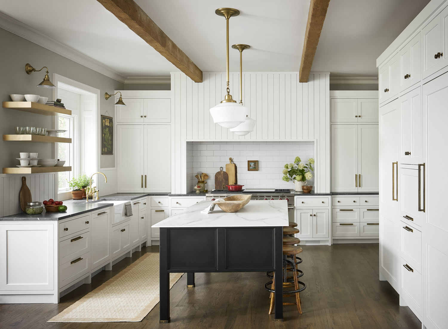 A Contemporary Country-Style Kitchen in Chicago | Rue