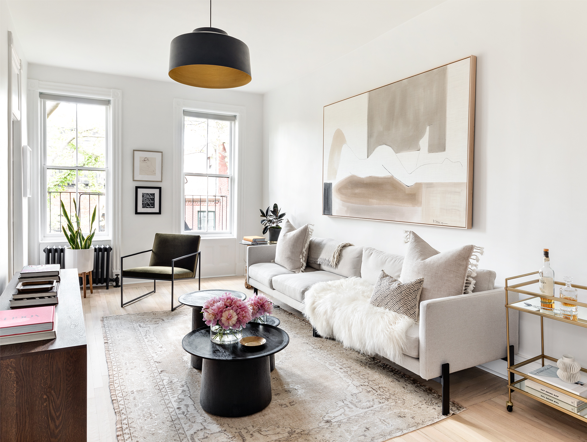 A Pre War Apartment Gets Restored In The West Village Rue